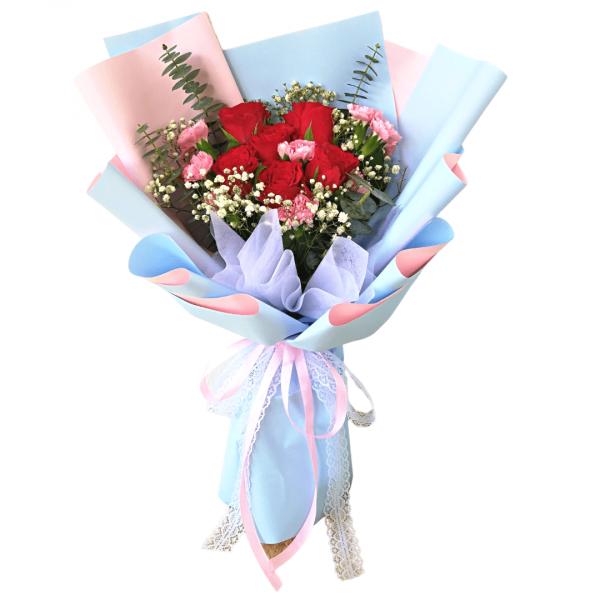 loyal happy florist bouquet flower